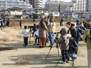 (写真)野鳥観察会